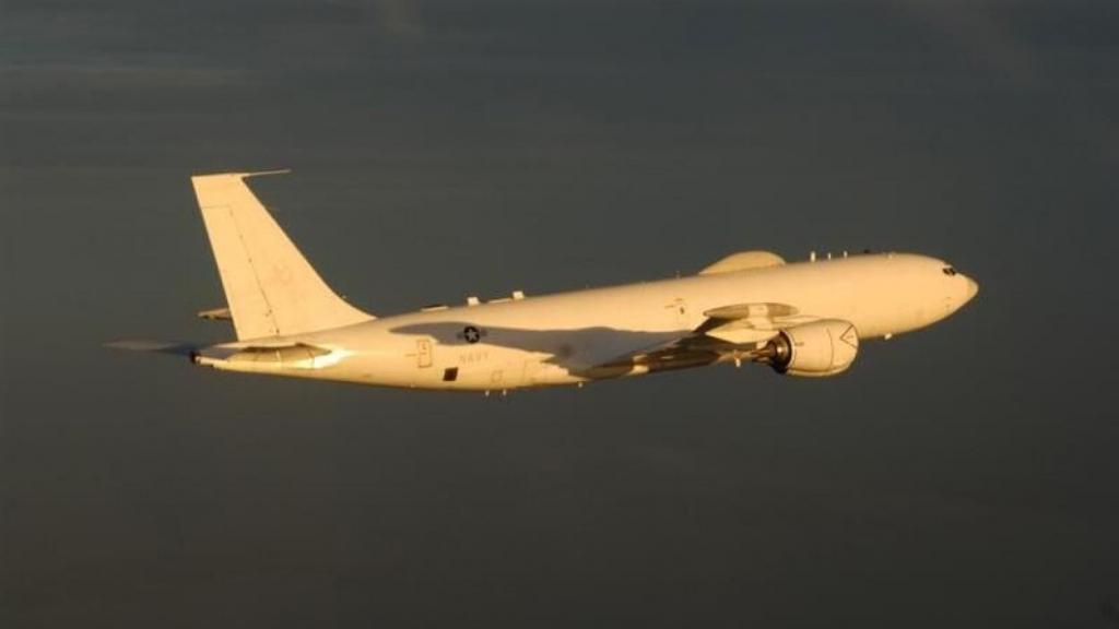 E-6B-fly-2
