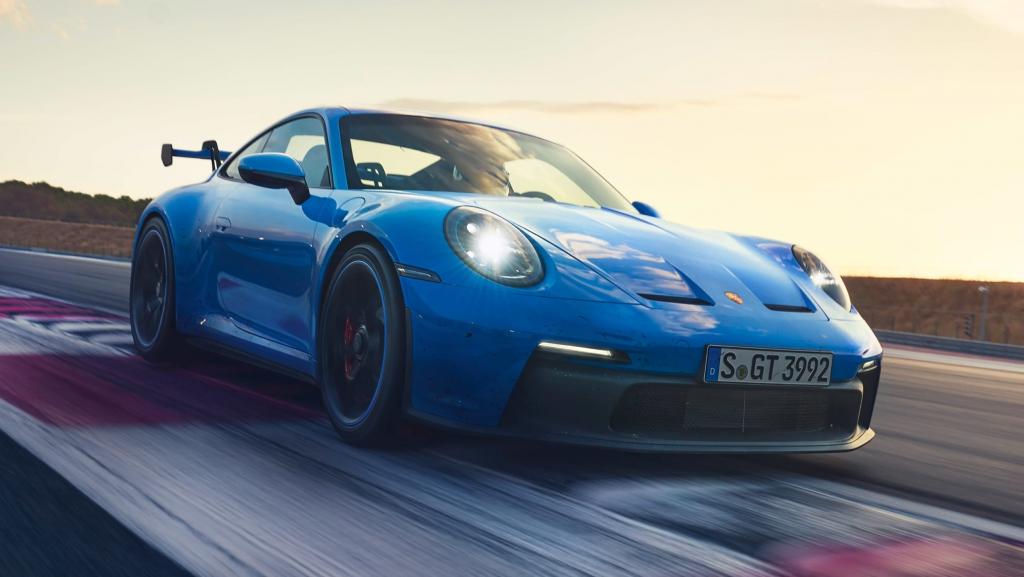 Porsche 911 GT3-8